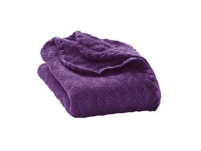 Disana Pletená deka z merino vlny - švestka